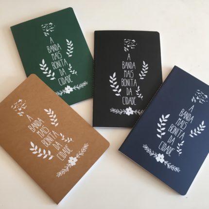 caderno folhas novo